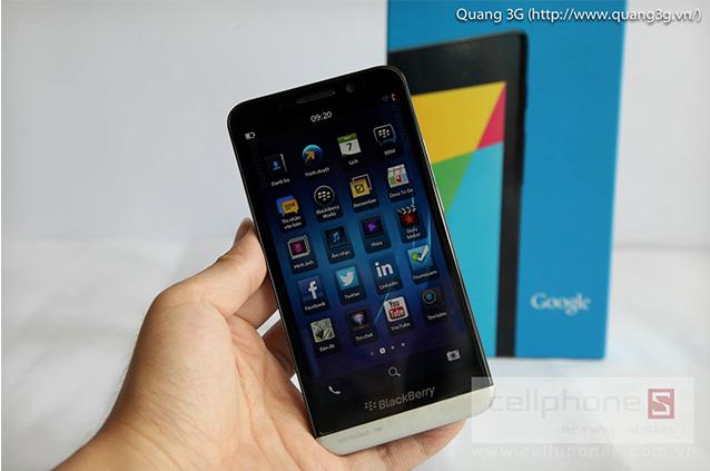 BlackBerry's 5-inch Z30